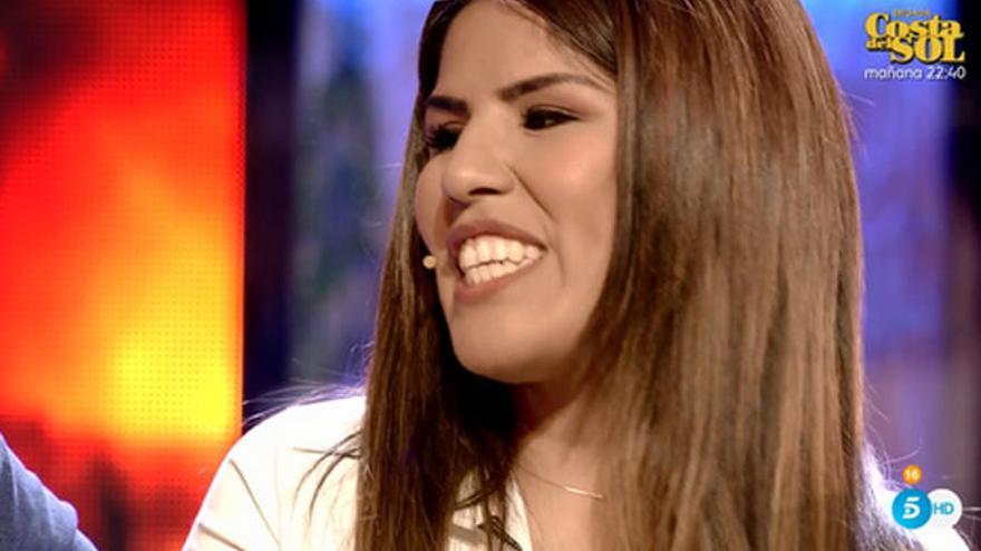 Isa Pantoja zanja la polémica sobre la fogosa Nochevieja en Cantora
