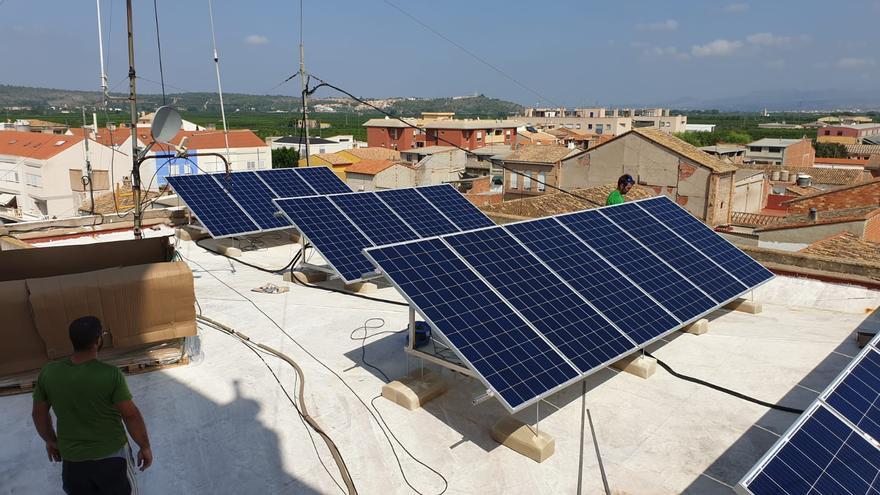 Iniciativa Porteña propone incentivar entre los vecinos la implantación se energías renovables