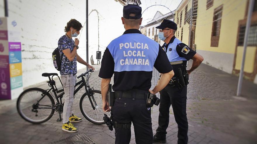 El refuerzo de la plantilla y el pago de las deudas ponen fin al conflicto de la Policía en La Laguna