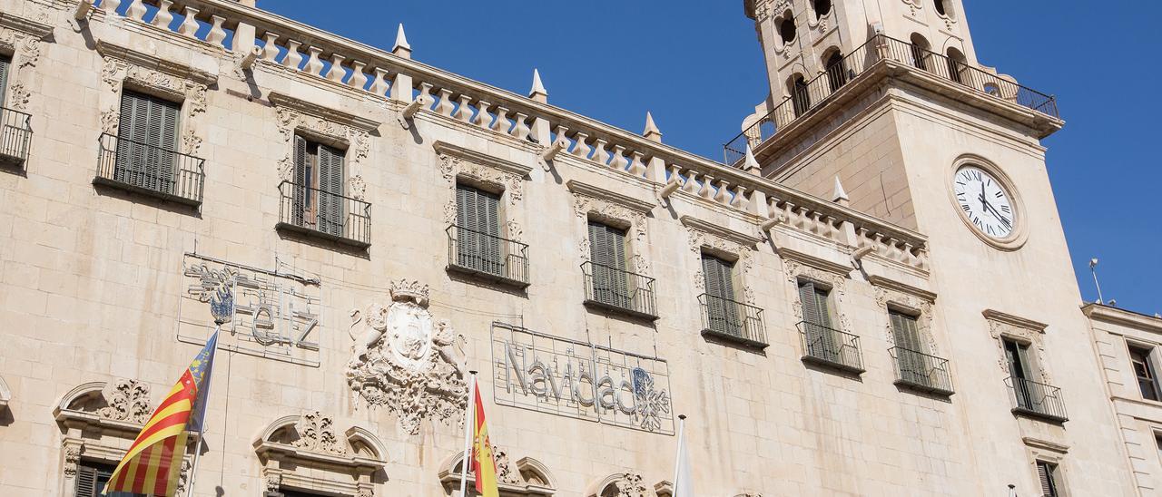 El Ayuntamiento de Alicante renovará su servicio de telecomunicaciones