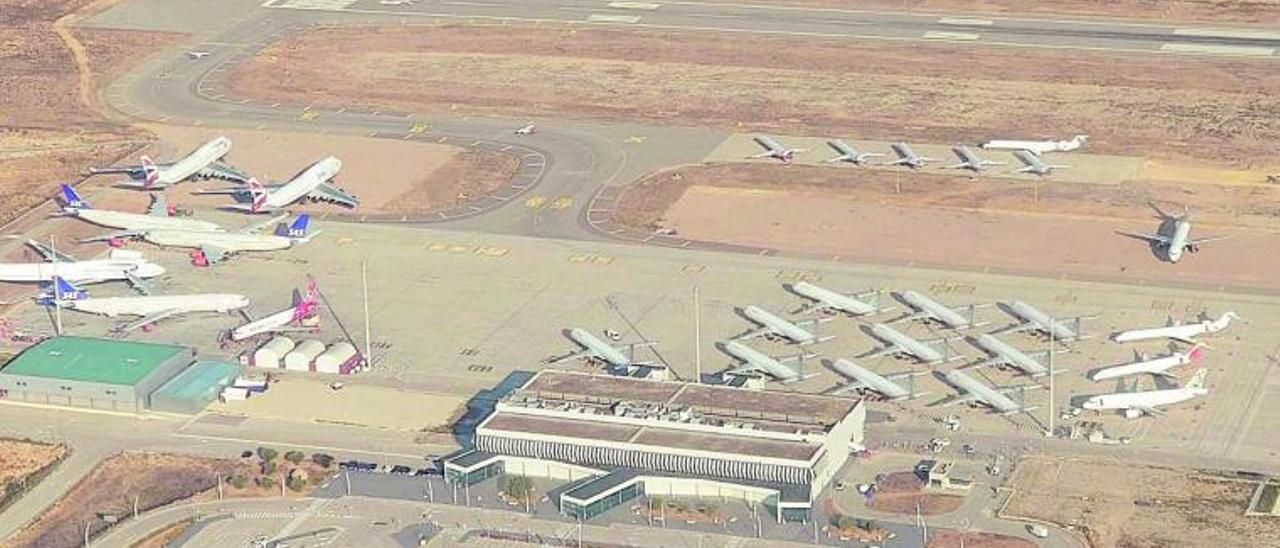 El aeropuerto de Castelló tiene una treintena de aparatos en este momento en sus instalaciones.