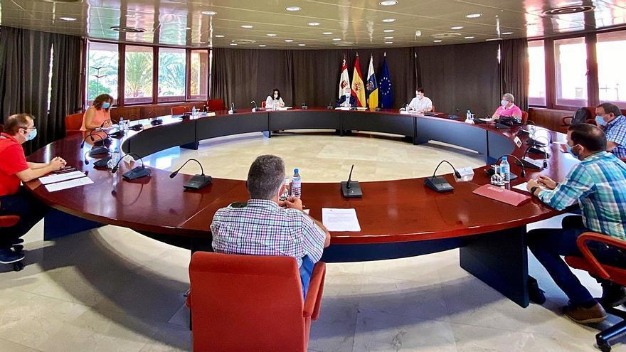 Cabildo y consistorios coordinan las inversiones del Fdcan