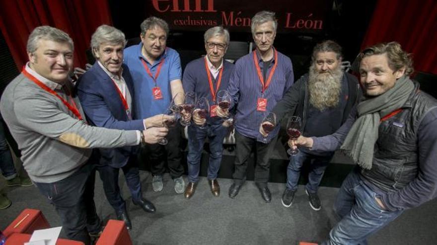 Cinco magníficos del vino hablan en Oviedo de la revolución en el viñedo