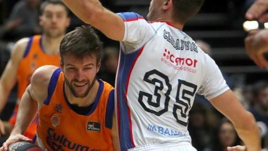 Un gran Valencia Basket tumba al gigante Kravic