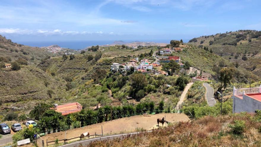 Vertidos con vistas en Barranco del Pino
