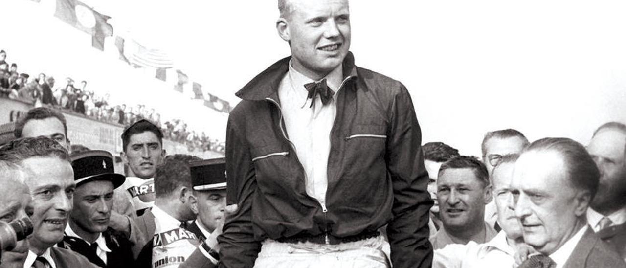 Hawthorn, después de su primera victoria en la Fórmula Uno.