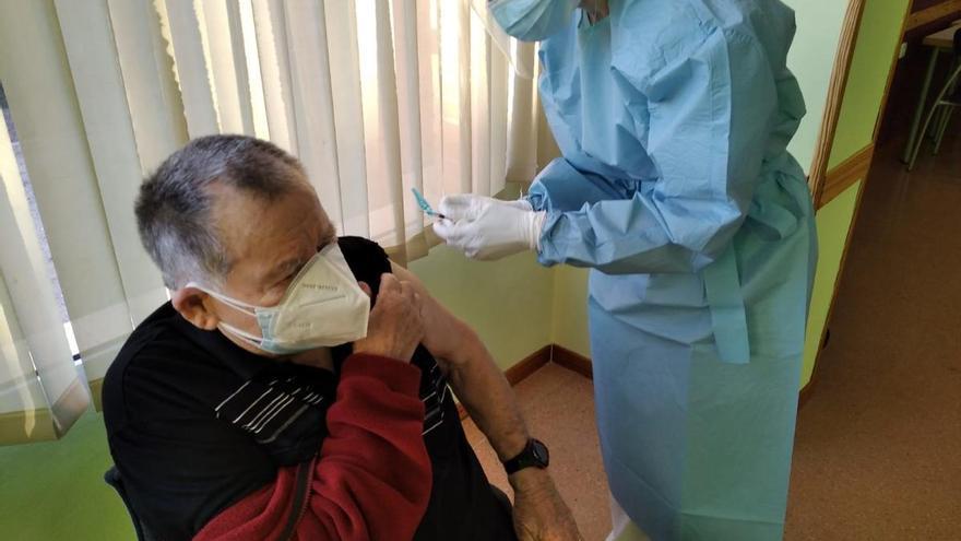 El Centro de Día de mayores de San Pedro inicia la vacunación