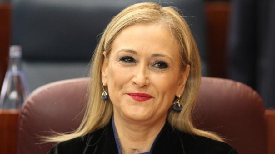 Cristina Cifuentes se querella contra Granados por injurias y calumnias