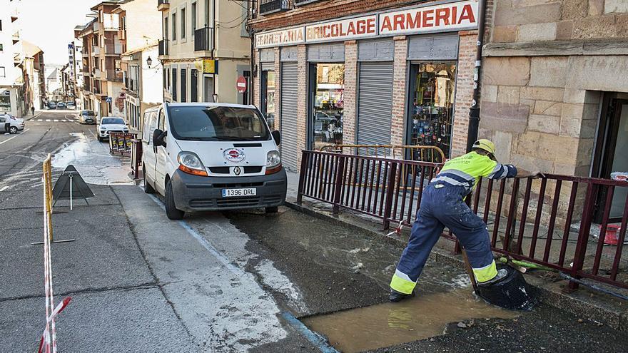 Casi medio millón de euros para renovar las redes de Santa Cruz y del Grano