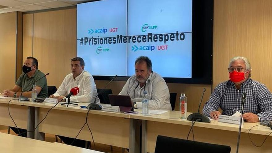 Los sindicatos de Prisiones exigen negociar con Marlaska o irán a la huelga