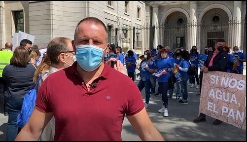 Pablo Ruz ha hecho un video criticando al gobierno por el recorte.JPG