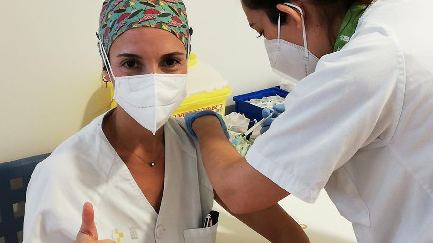Canarias ha suministrado tres de cada cuatro vacunas recibidas
