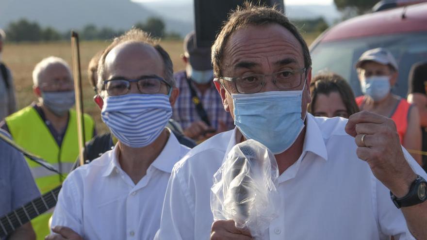 Els presos del PDeCAT també estripen el carnet del partit i deixen Bonvehí sense els grans referents polítics