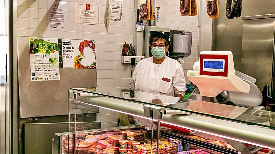 Torrent impulsa una campaña de apoyo al comercio local alimenticio