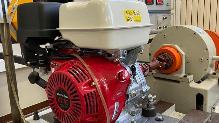 Honda Maquinària cedeix un motor a l'Escola Politècnica Superior de Manresa