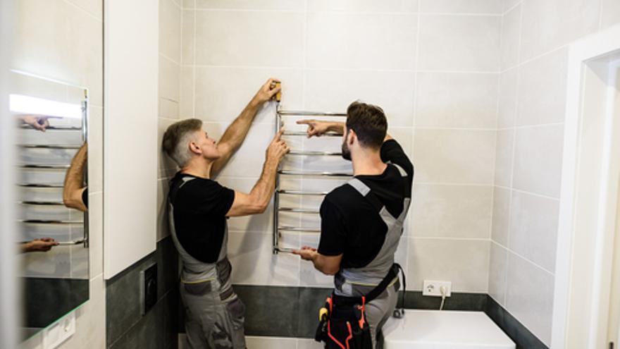 Albañiles expertos en baños, el perfil de autónomo más demandado ahora mismo en Las Palmas