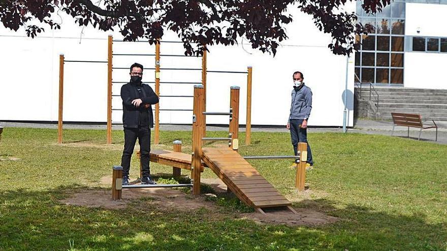 Instalan un parque de calistenia para promover la actividad física en el campus