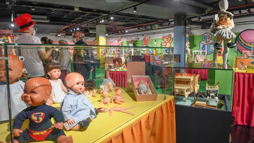 Exposición de juguetes en el Elder