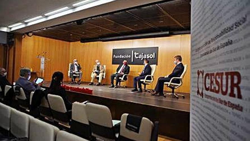 La agricultura se lleva la mitad de los recursos hídricos de Málaga y el ámbito urbano otro 43%