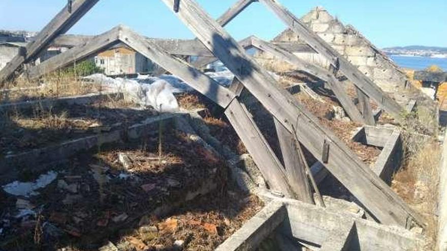 El Concello y los dueños del Barrio do Cura inician los trámites para las obras de derribo