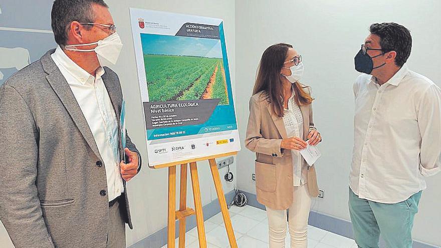 Un curso sobre agricultura ecológica para concienciar e incentivar su uso