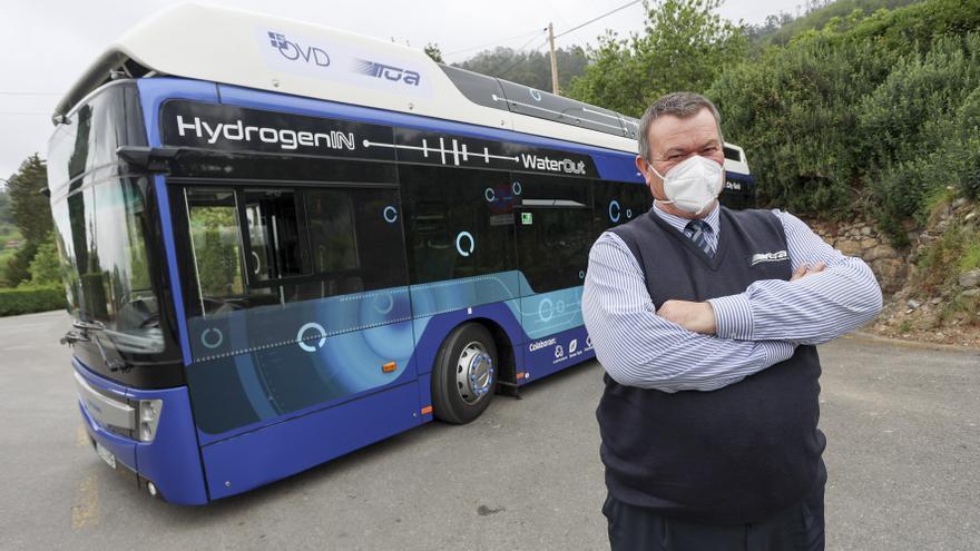 N'avión a Fitoria: los primeros viaxes del autobús d'hidróxenu