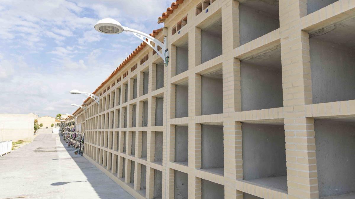 Picassent construye 84 nuevos nichos en el cementerio municipal