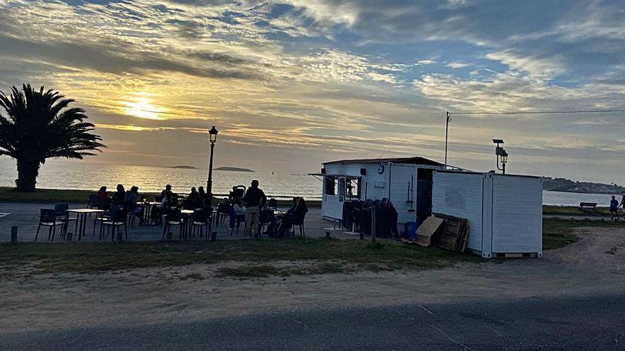 La temporada de chiringuitos arranca en Nigrán con ocho puestos a pie de playa