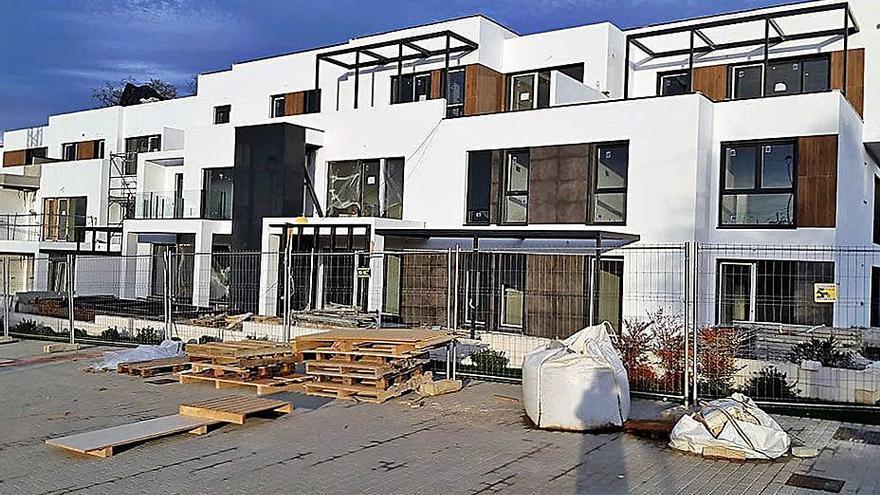 El ministerio sitúa el precio medio de la vivienda en Oleiros en 1.429 euros el metro