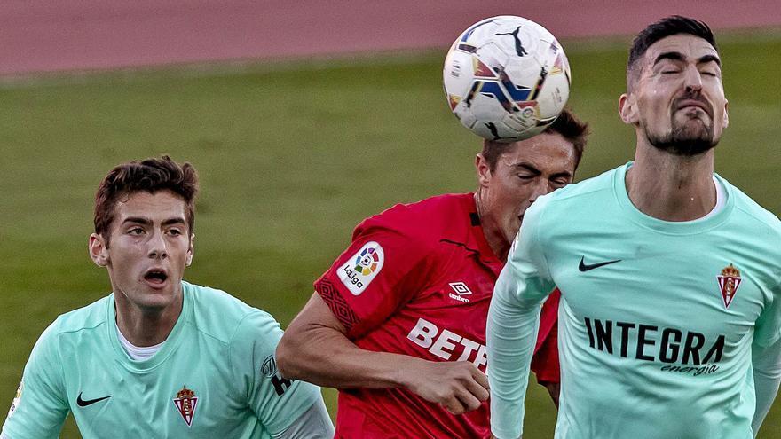 El Mallorca, salvado por la defensa