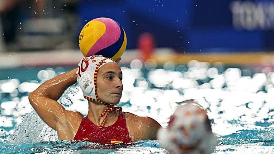 La selección femenina de waterpolo encaja su primera derrota en los Juegos