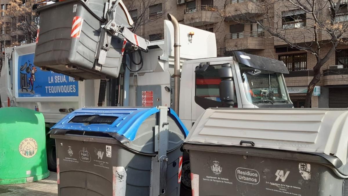Las tasas de basura de València y Castelló, por encima de la media nacional