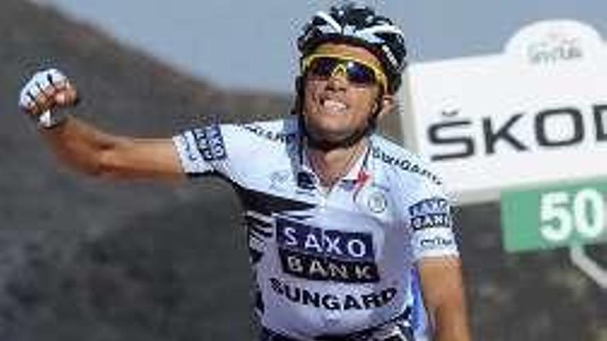 Contador subasta su bici del Giro y el Tour de 2011
