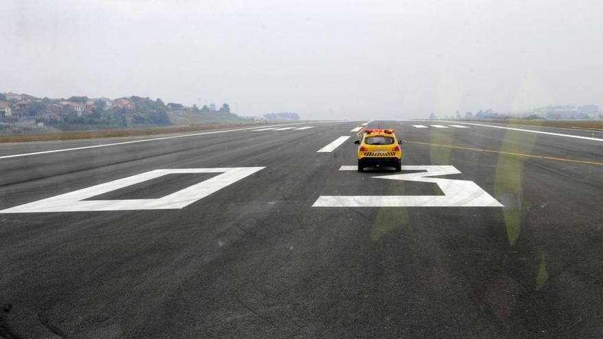 Enaire habilita la maniobra para evitar desvíos en el aeropuerto de Alvedro