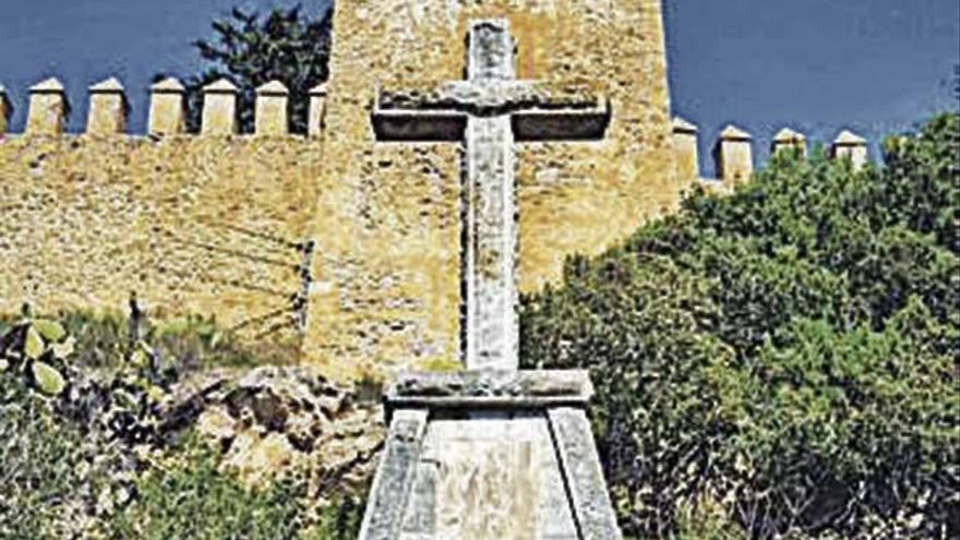 El pleno de Artà aprueba retirar la Cruz de los Caídos con los únicos reparos del PP