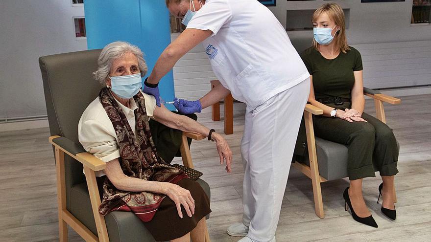 ¿Por qué no hay enfermos de gripe y sí miles de COVID?
