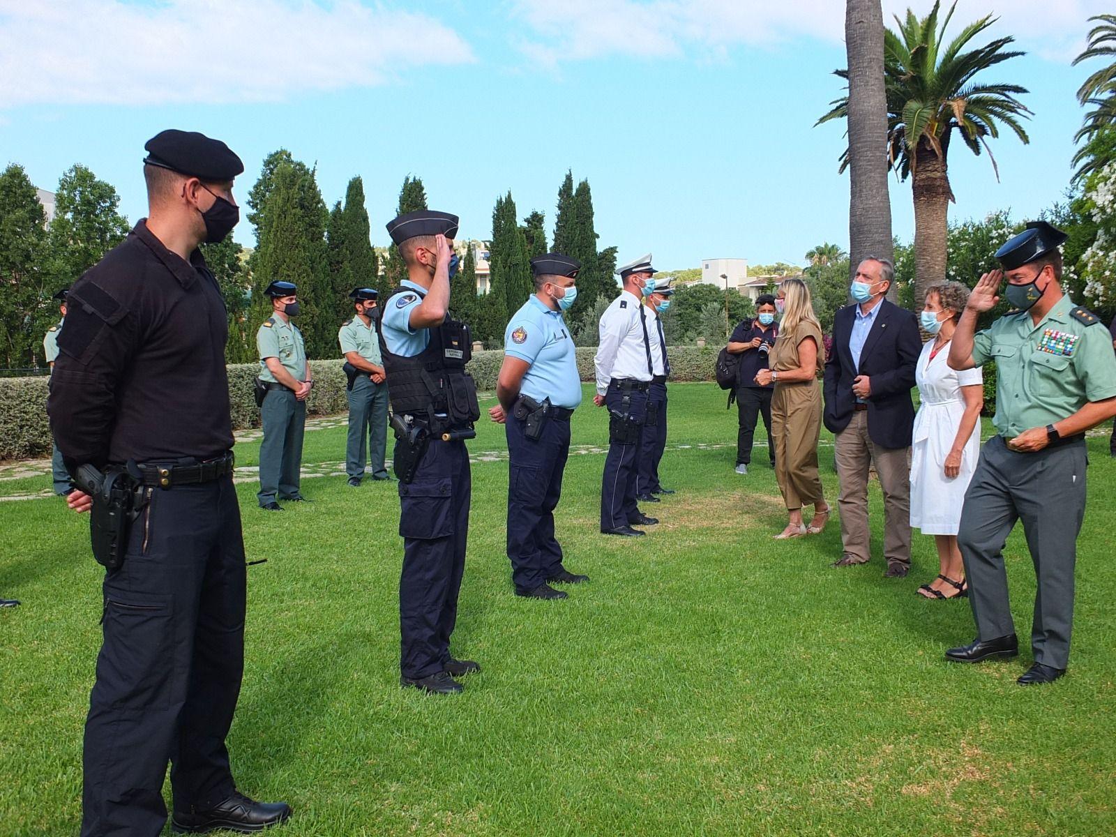 Bienvenida a las patrullas mixtas internacionales para las zonas turísticas de Mallorca en Sóller