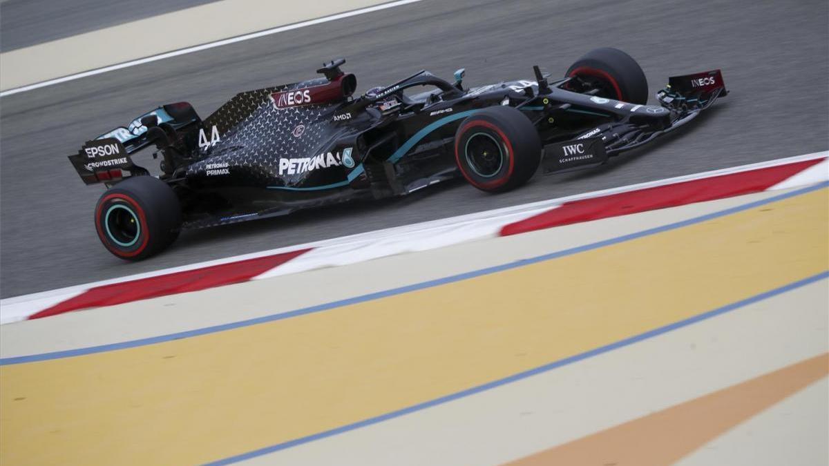 Hamilton impresiona con una nueva 'pole' en Baréin