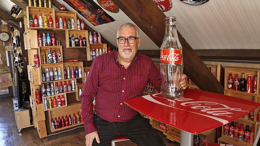 Un museo de 700 botellas del mundo con sabor a cola