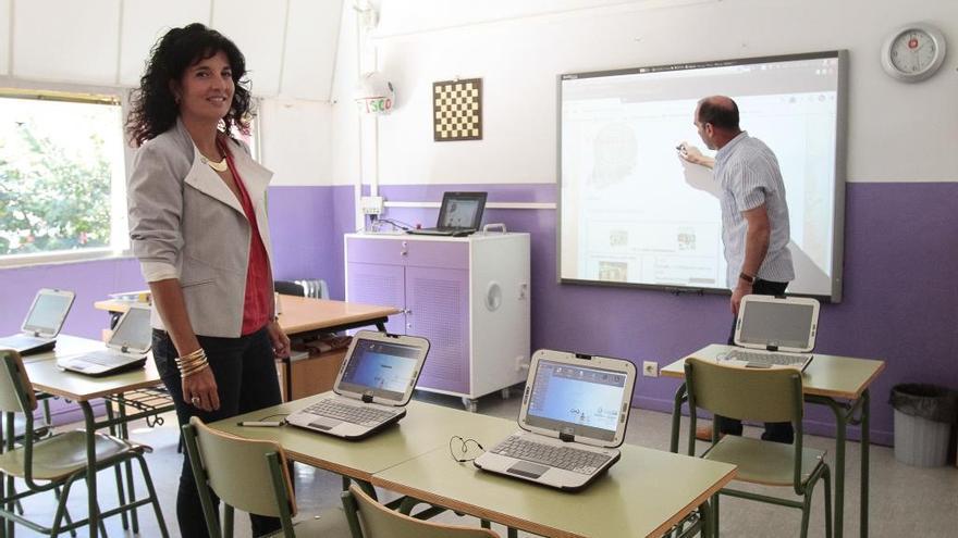 Educación abre el libro electrónico a todos los centros