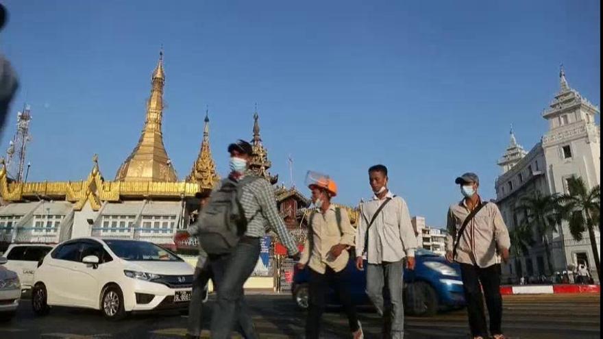L'Exèrcit de Birmània pren el control del país