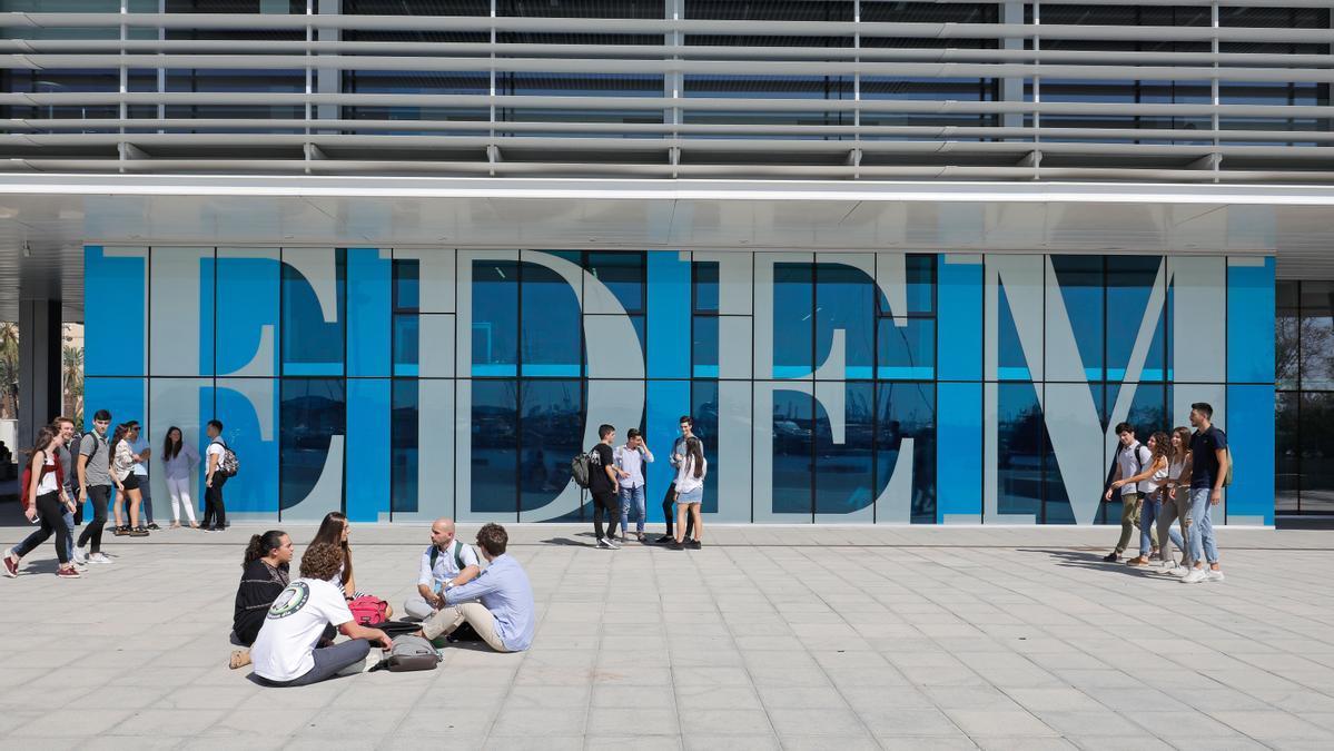 EDEM es un referente en la formación de empresarios, directivos, ingenieros y emprendedores.