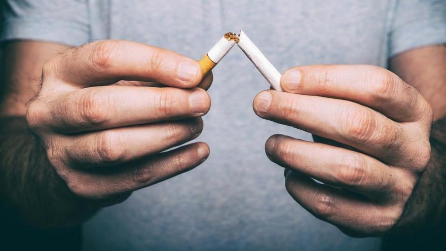 La AECC pone en marcha un nuevo curso para dejar de fumar el próximo martes