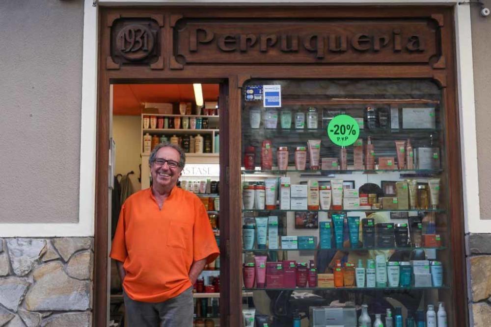 Se jubila el barbero ''Pep d´en Bisbe''
