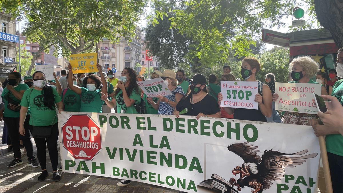 Manifestación en Barcelona contra los desahucios.