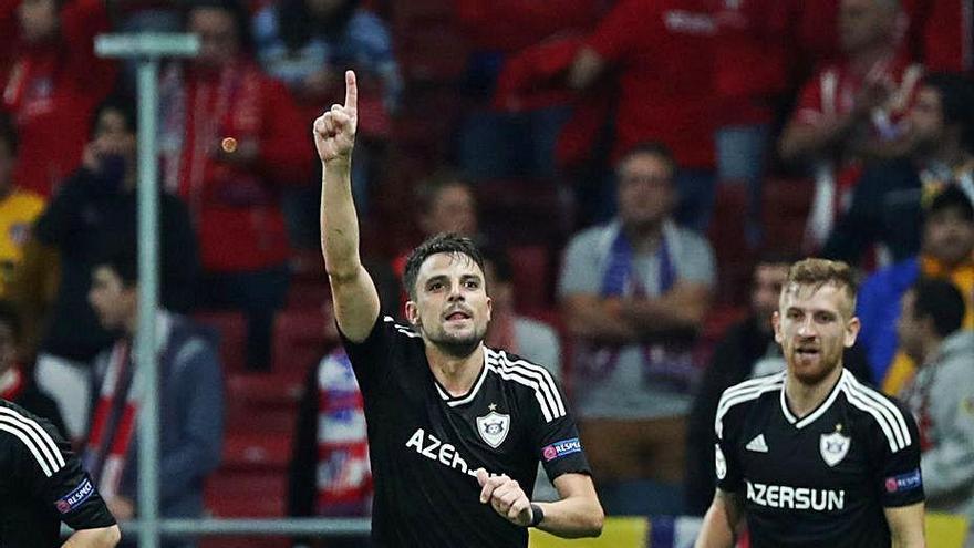 El Marino completa su plantilla con el centrocampista Míchel Madera