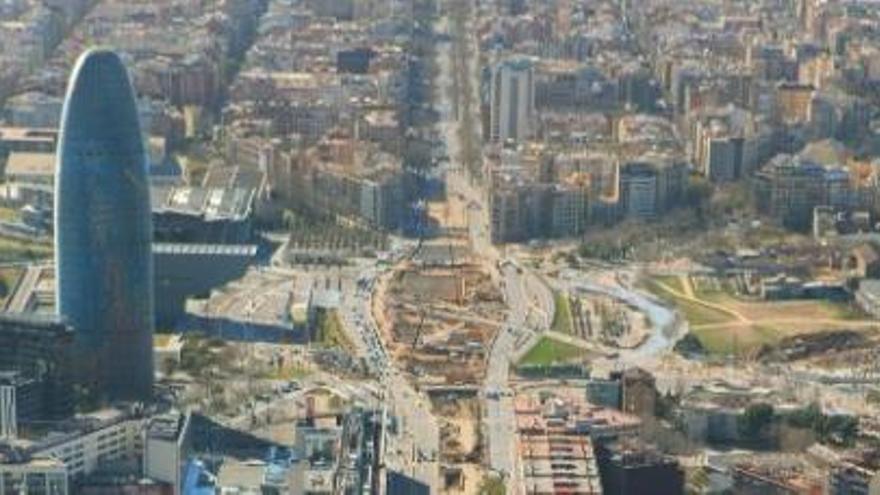 Un estudiante de 20 años de Ibiza fallece en Barcelona al caer a un pozo