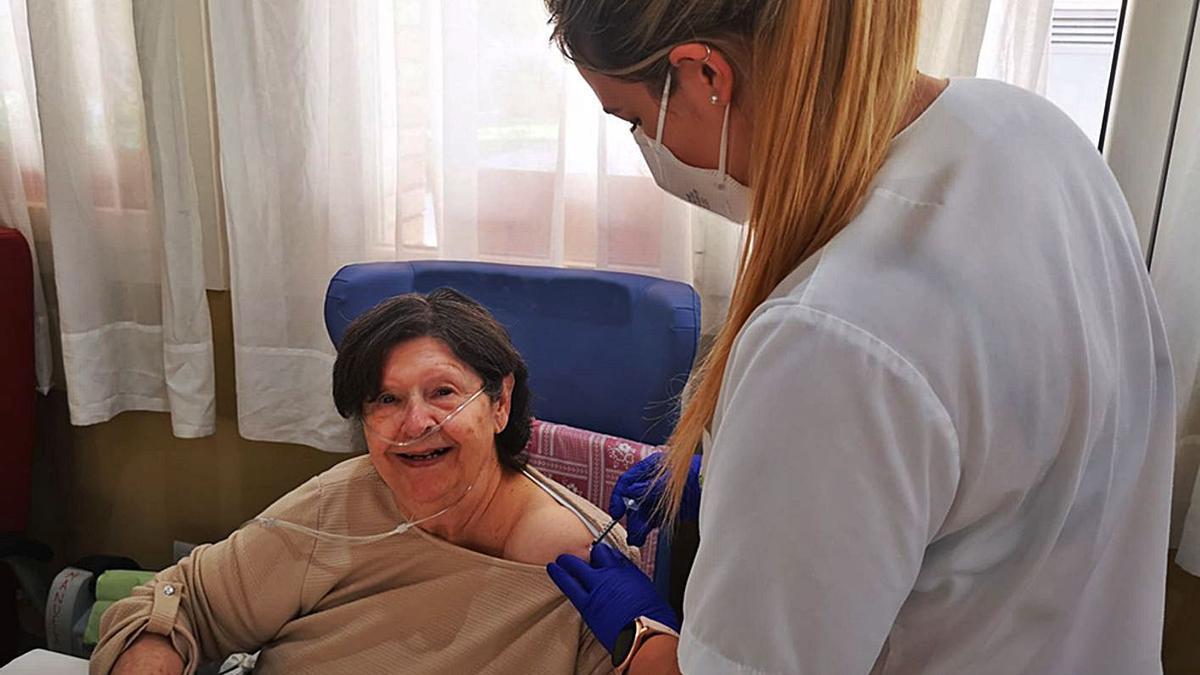 Salut posa terceres dosis a residents de Lloret i Blanes | CSMS