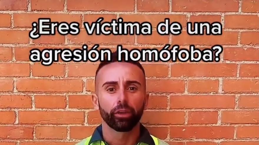 José Pedro Sageras, el guardia civil extremeño en el vídeo por el Día del Orgullo