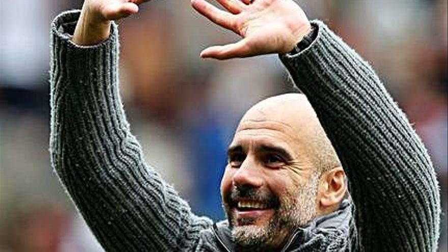 Agüero manté el Manchester City de Pep Guardiola en el primer lloc de la Premier